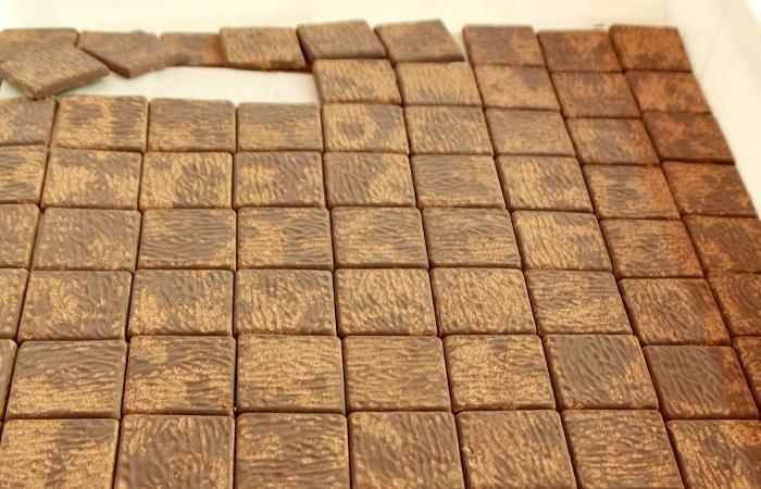 """Cioccolatini assortiti di """"cioccolato modicano"""" con spezie  180 g BIO"""