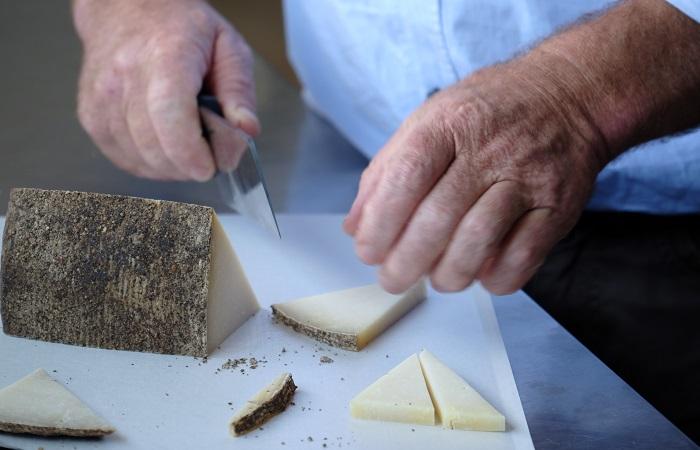 Nero do Sicilia Sheep Cheese 500g